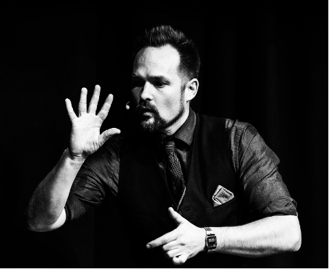 Pierre Ulric Perth Corporate Magician 21